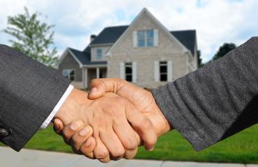 Close up affare immobiliare